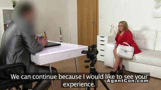 Blonde amateur bbw banged on casting