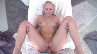 Dakota James's pink wet pussy got a proper pounding