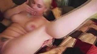 Sweet blonde babe Sarah Vandella show her amazing body